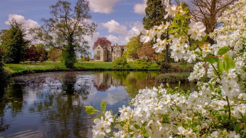 Wakehurst Place - Kew Gardens