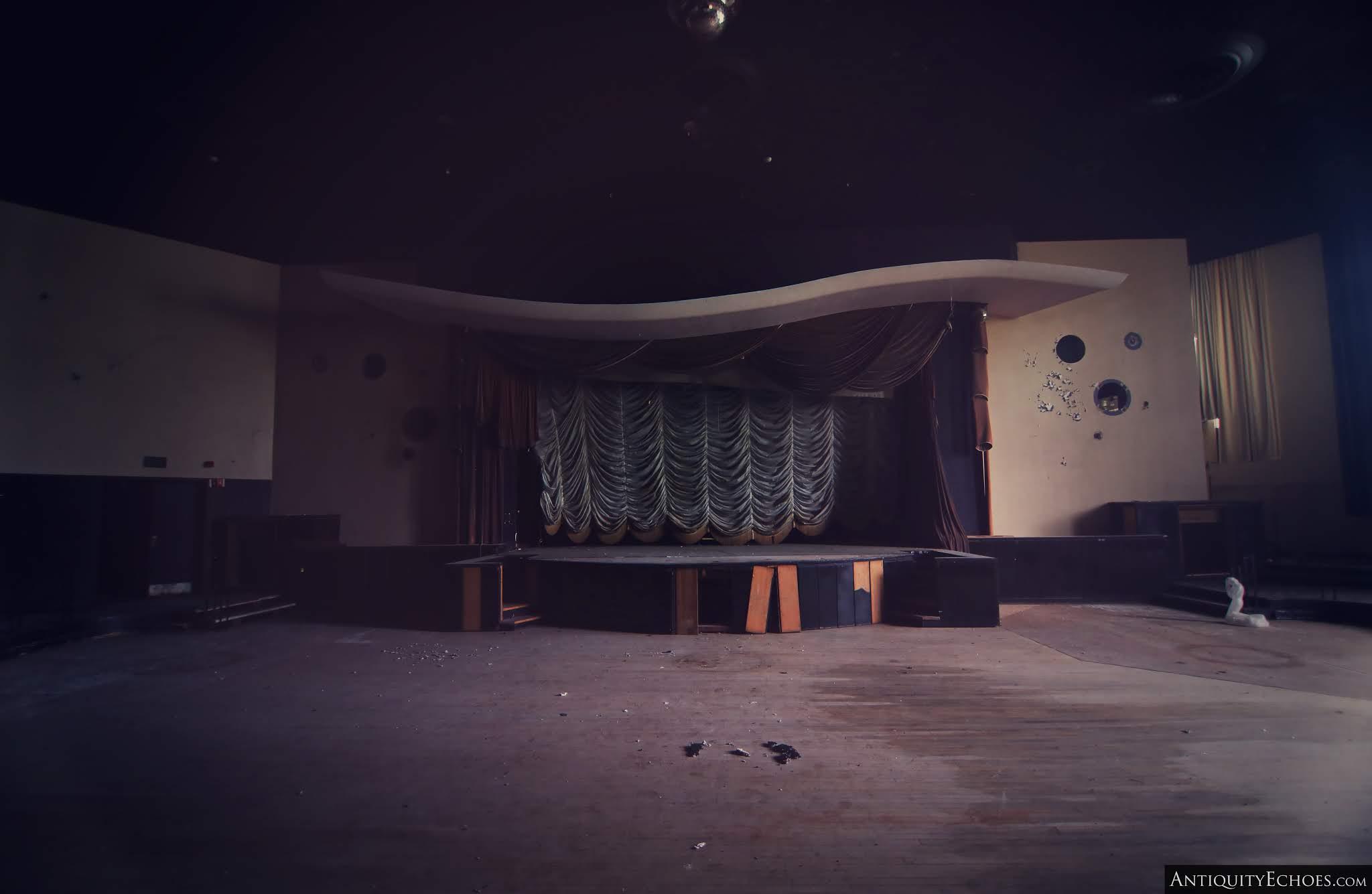 Nevele Grande - Starlight Lounge in Ruin