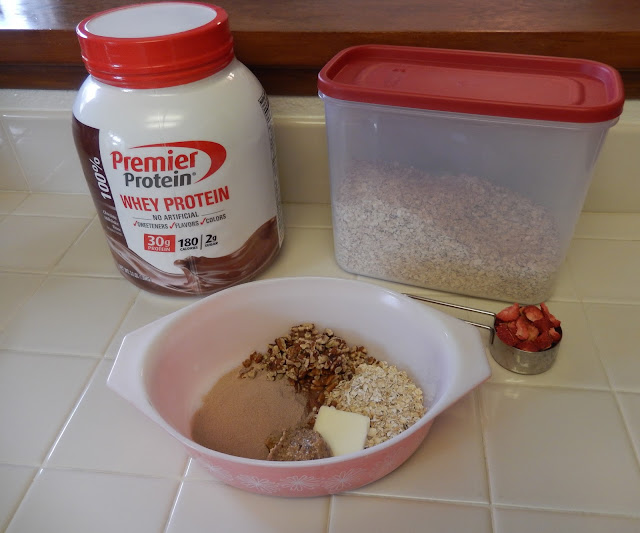 Premier%2BProtein%2BGranola%2BValentines%2B1 Weight Loss Recipes Healthy Breakfast Recipe: Premier Protein Chocolate Strawberry Granola Parfait