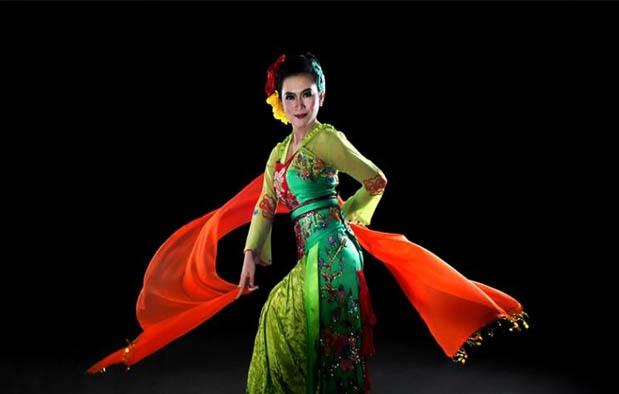 Image result for gambar langkah langkah penari jaipong tradisional