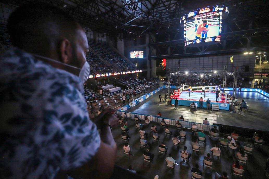 Coronavirus: Nicaragua promovió noche de boxeo con poco público