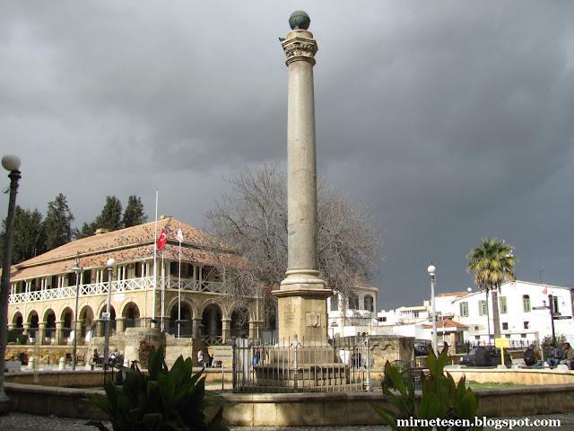 Венецианская колонна в Никосии (турецкая сторона)
