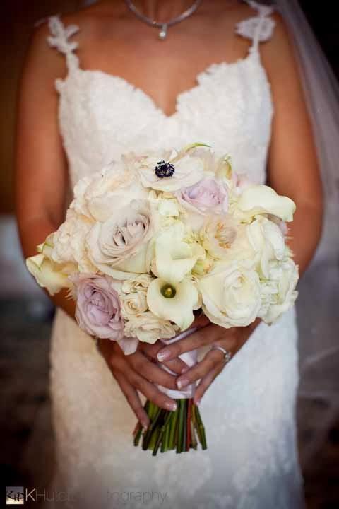 white bridal flowers, luxury wedding Seattle, best Seattle wedding flowers