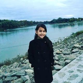 Sandrinna Michelle Pelakon Kanak-Kanak dari Indonesia