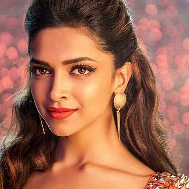 Deepika Padukone Gallery Photos