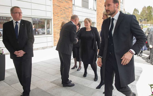 King Harald, Queen Sonja, Crown Prince Haakon and Crown Princess Mette-Marit helicopter accident