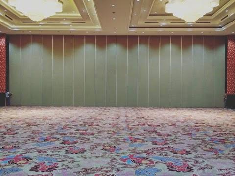 Keuntungan Menggunakan Partisi Lipat Pada Ruangan