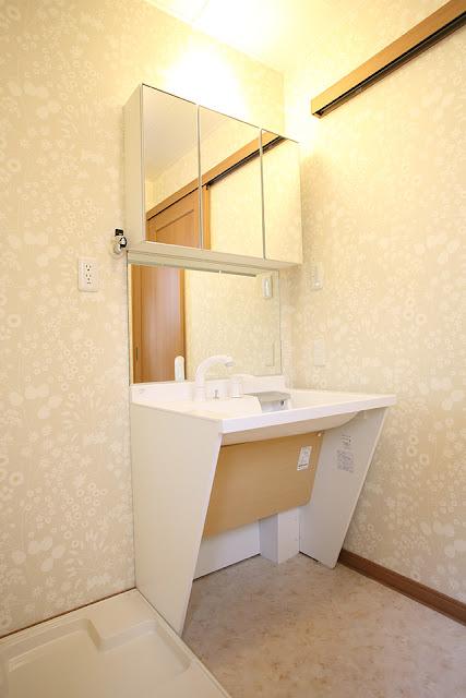 老後を夫婦二人で楽しむ住まいの車椅子対応洗面台