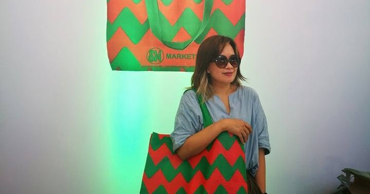 SM Markets launched the stylish limited edition SM Greenbag just in time  for the holidays 5d2ec65072