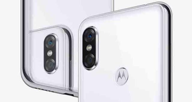 Desain Kamera Depan Motorola P30