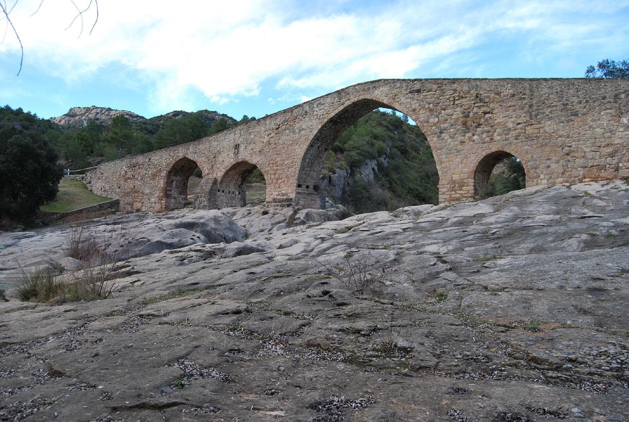 Fotos de espa a puente medieval de pedret berga - Ciudad de berga ...