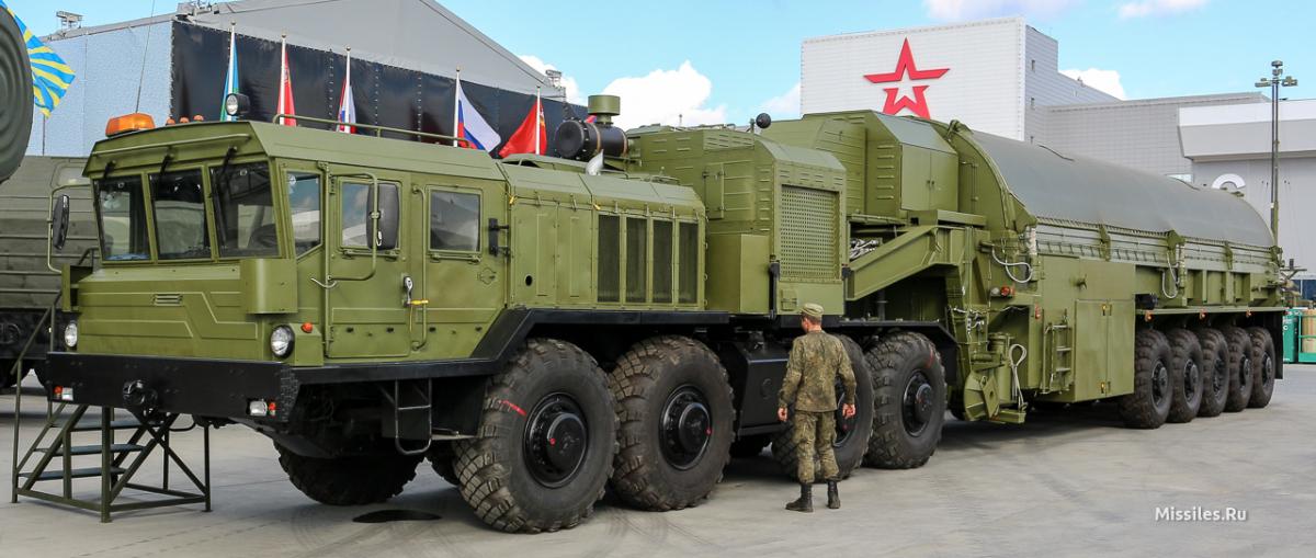Транспортна машина 3Ф30-9 з комплексу обслуговування БР Булава