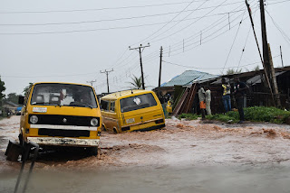 Nigeria floods: more than 100,000 people relocated