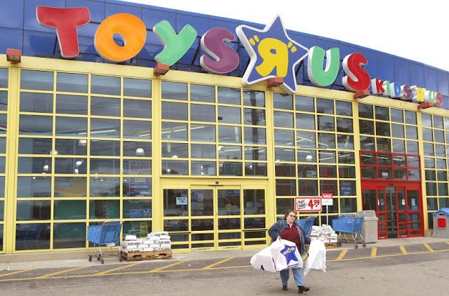Loja de brinquedos Toy's R Us em San Diego