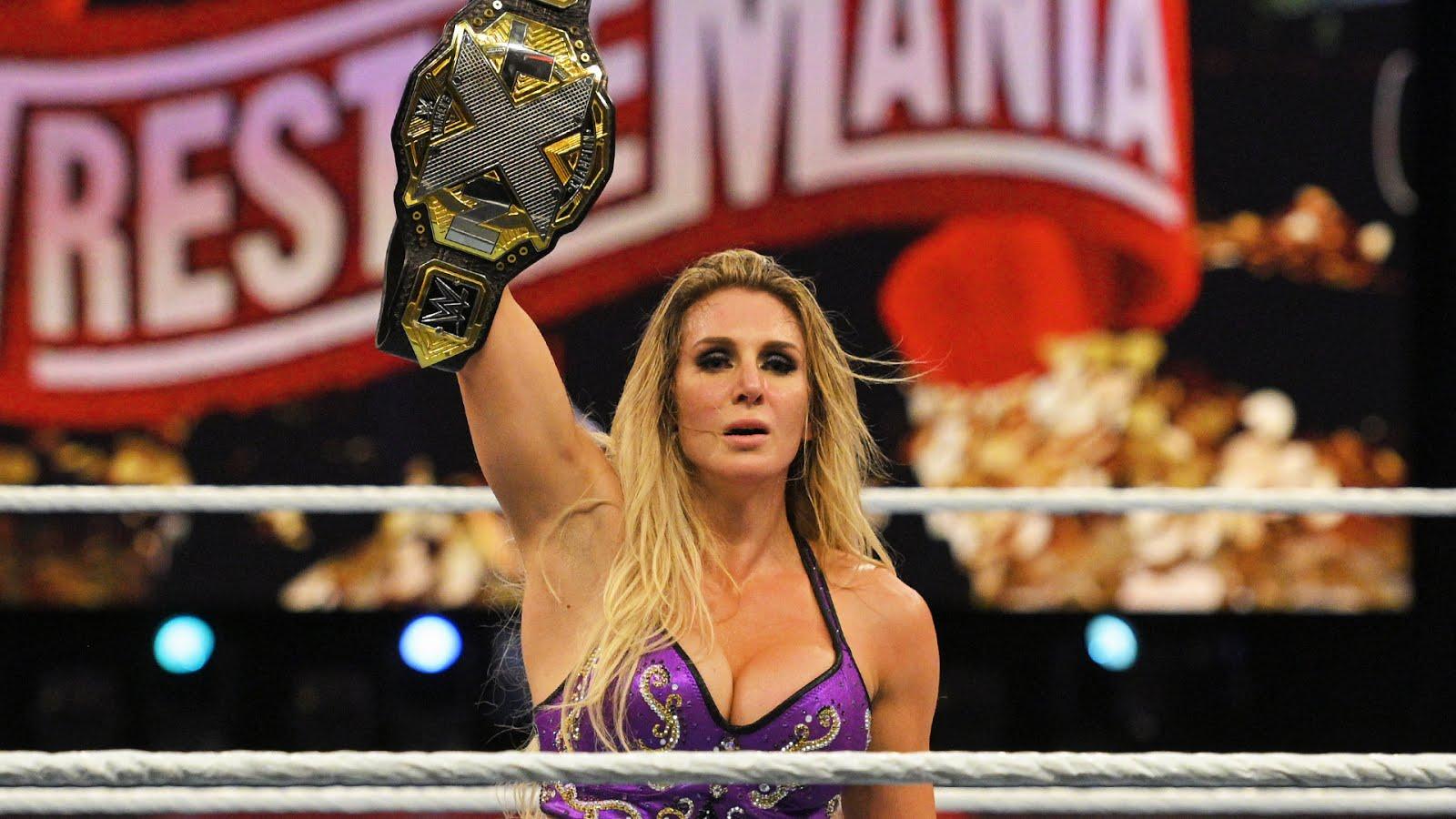 Charlotte Flair poderá retornar como parceira de Asuka no WWE TLC