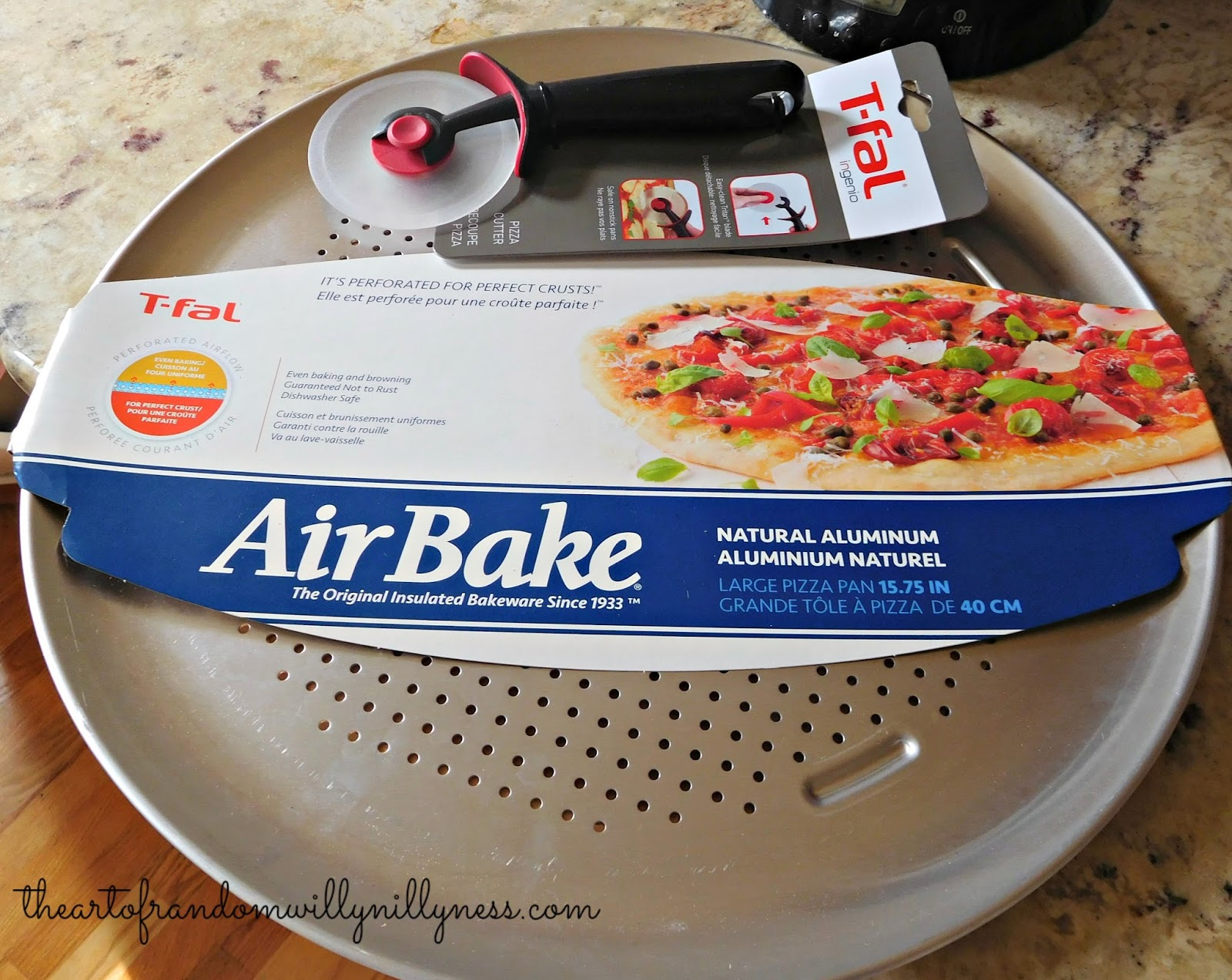 The Art Of Random Willy Nillyness T Fal Airbake Pizza Pan
