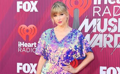 Taylor Swift New Album Is Coming in April 2019, Beneran?