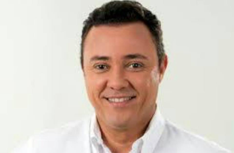 Resultado de imagem para JOAO MENDONÇA