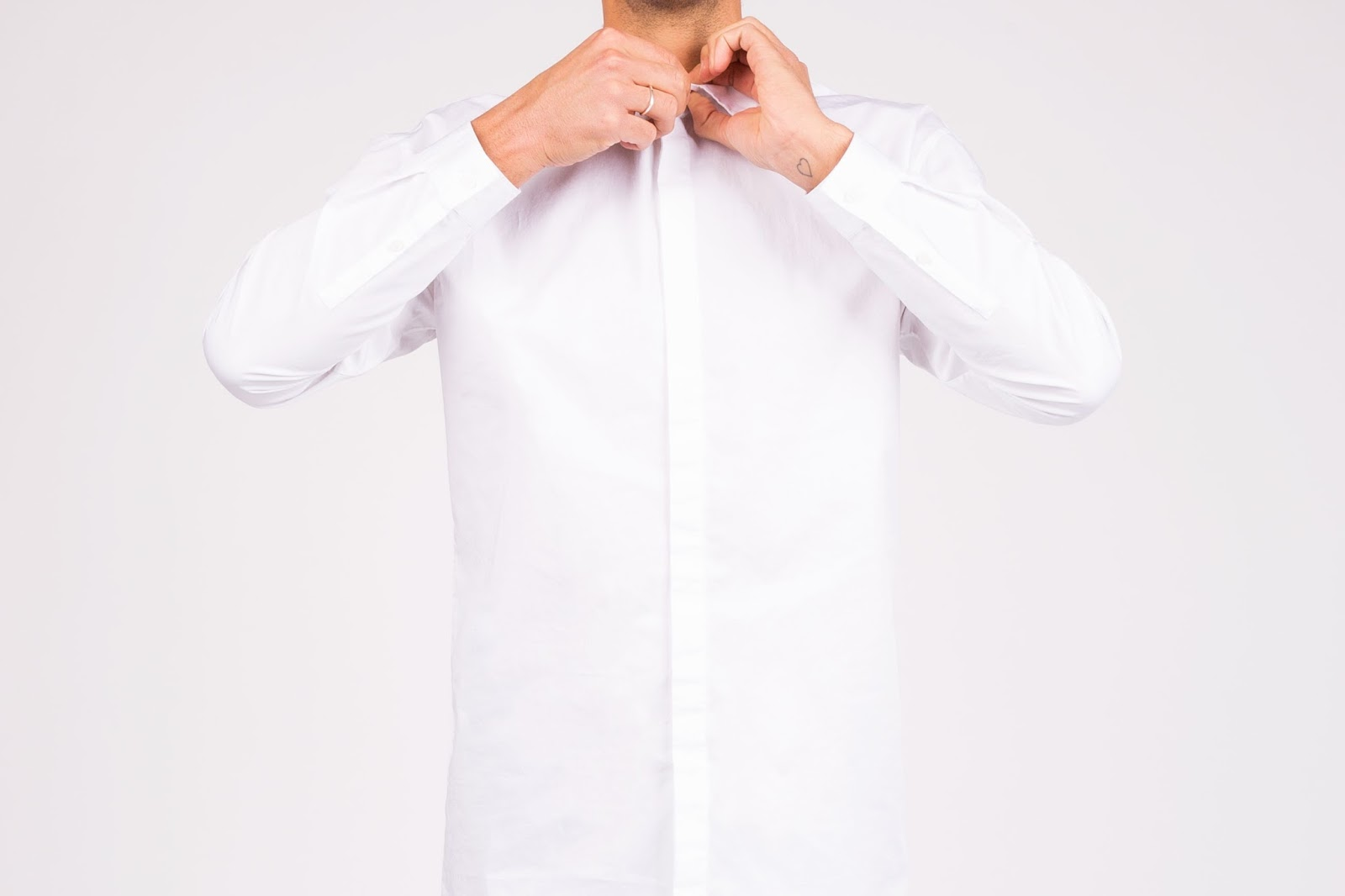 A Cleaner World Talks Selecting And Caring For Your Dress Shirt