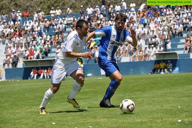 El centrocampista del Tenisca Rayco se retira del fútbol