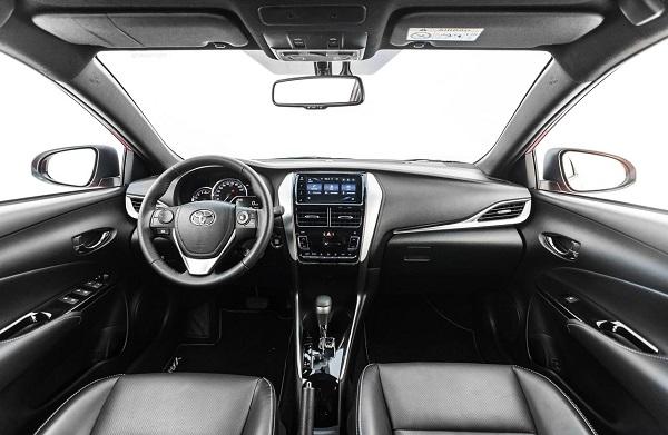 Interior Toyota Yaris S 2019