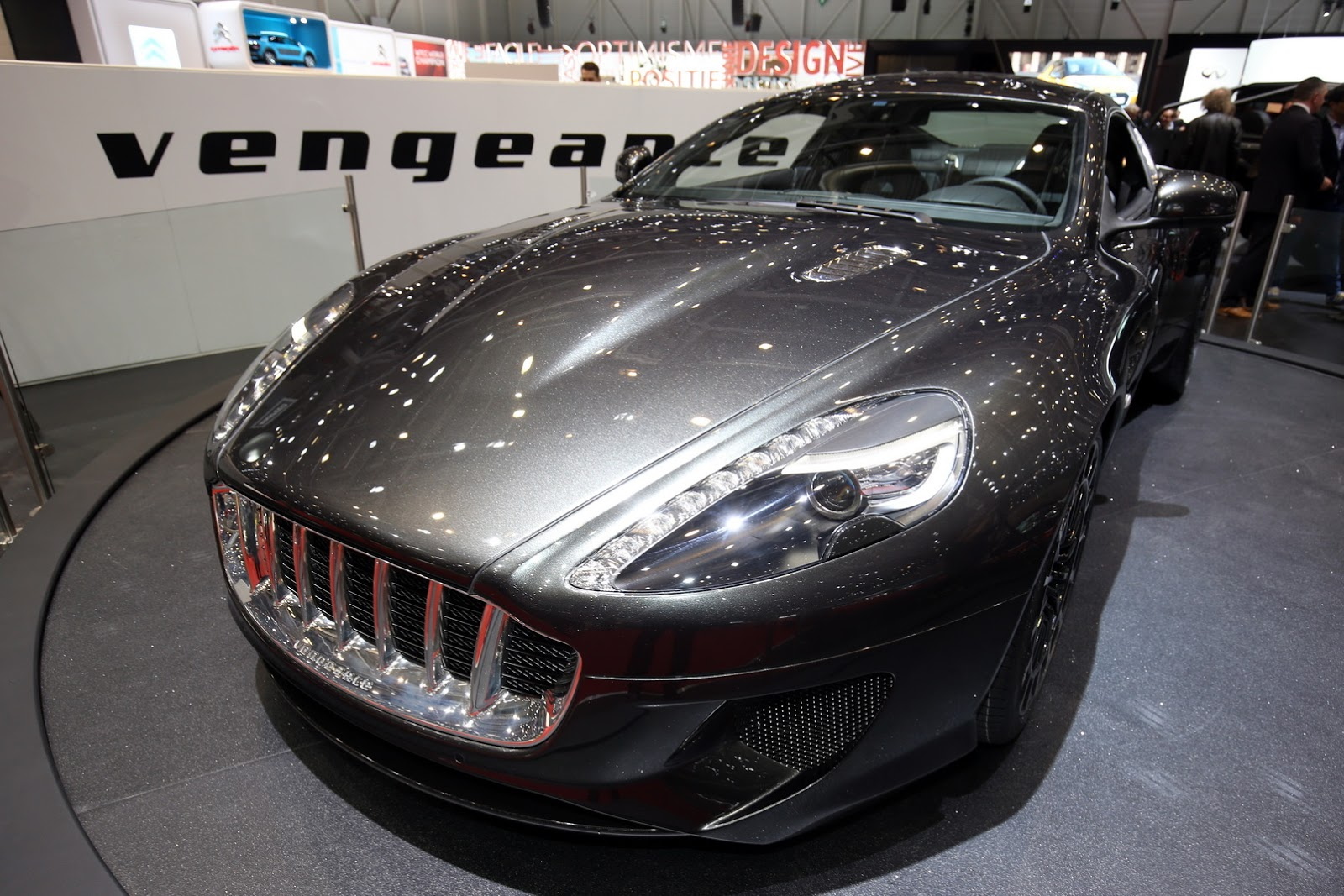 Aston Martin Vengeance từ DB9