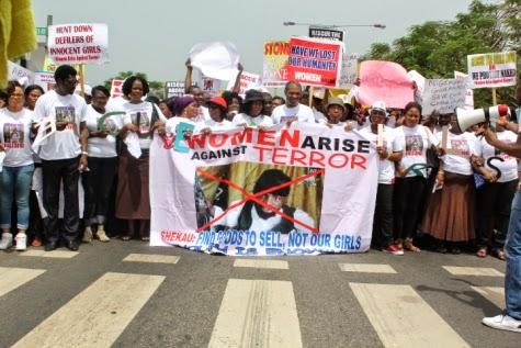 6 Femi Kuti, Jide Kosoko, Odumakin join women protesters in Lagos