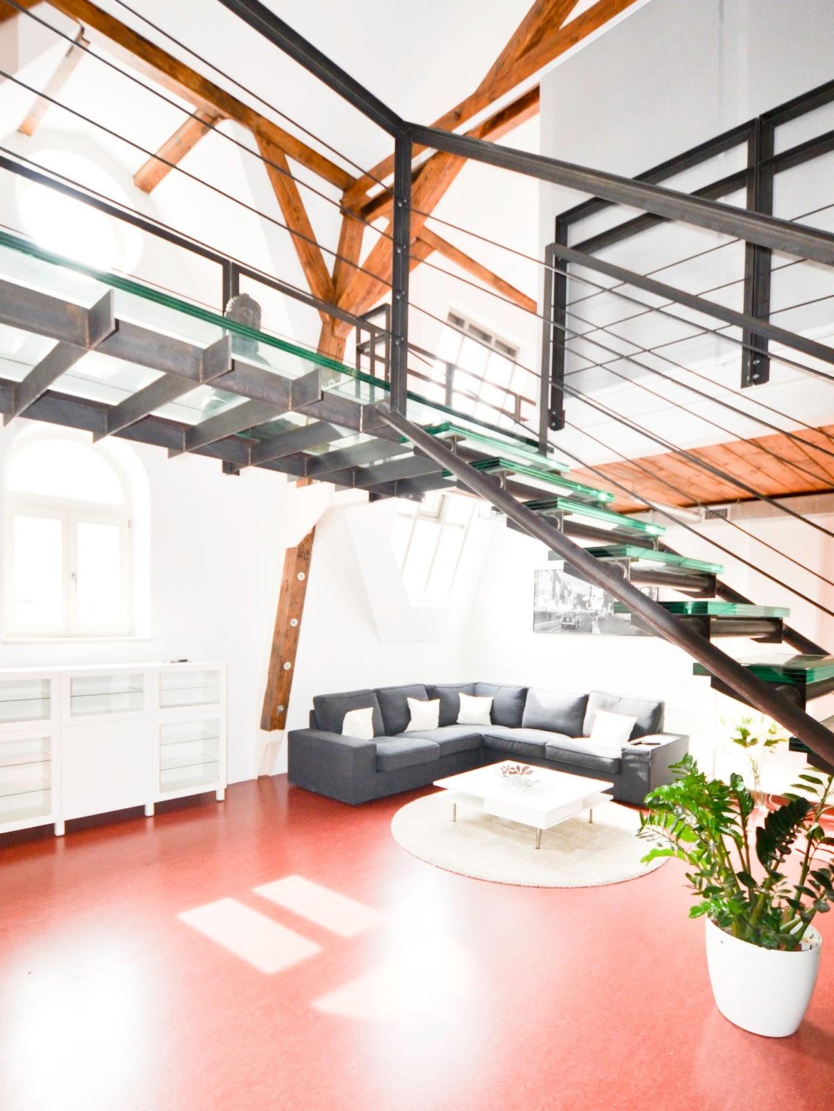 Chic Industrial LOFT Airbnb in Prague 1 - www.navkbrar.blogspot.com