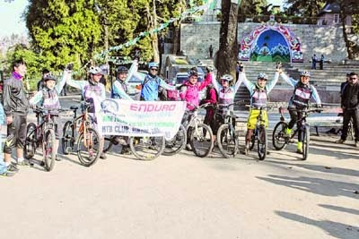 Participants of the mountain bike rally at Chowrasta in Darjeeling