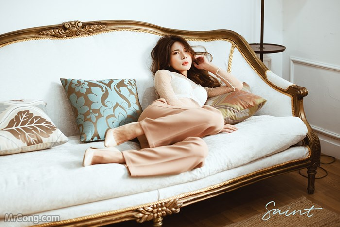 Yoon Mi-Jin in a photo shoot in April, 1974 (61 photos)