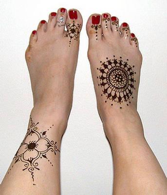 Easy Mehndi Designs For FeetLiteratura por un tubo  Easy Mehndi Des...