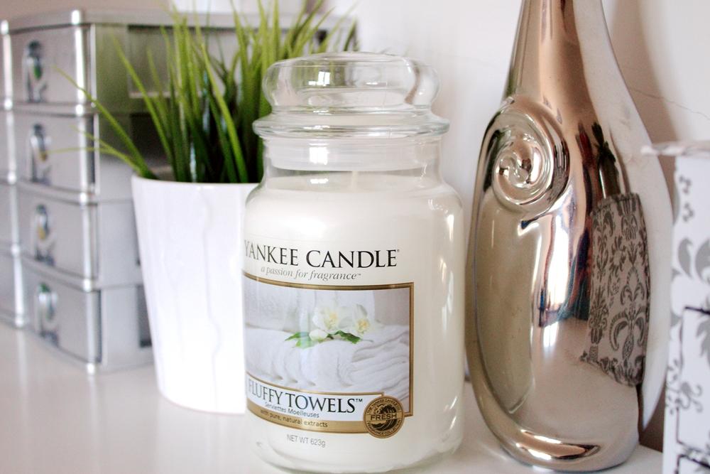 Zapach miesiąca | Yankee Candle, Fluffy Towels