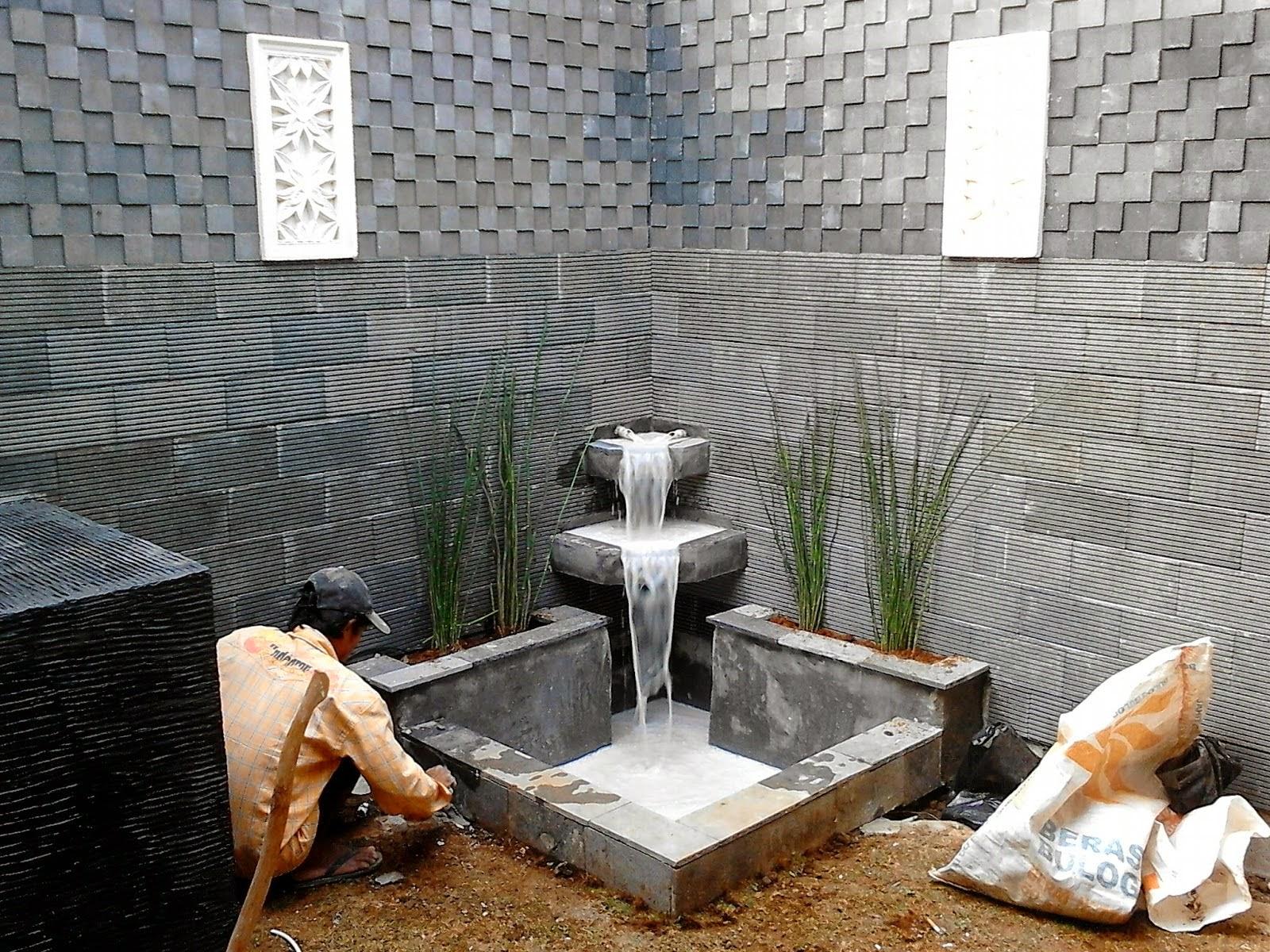 jasa pembuatan kolam ikan hias