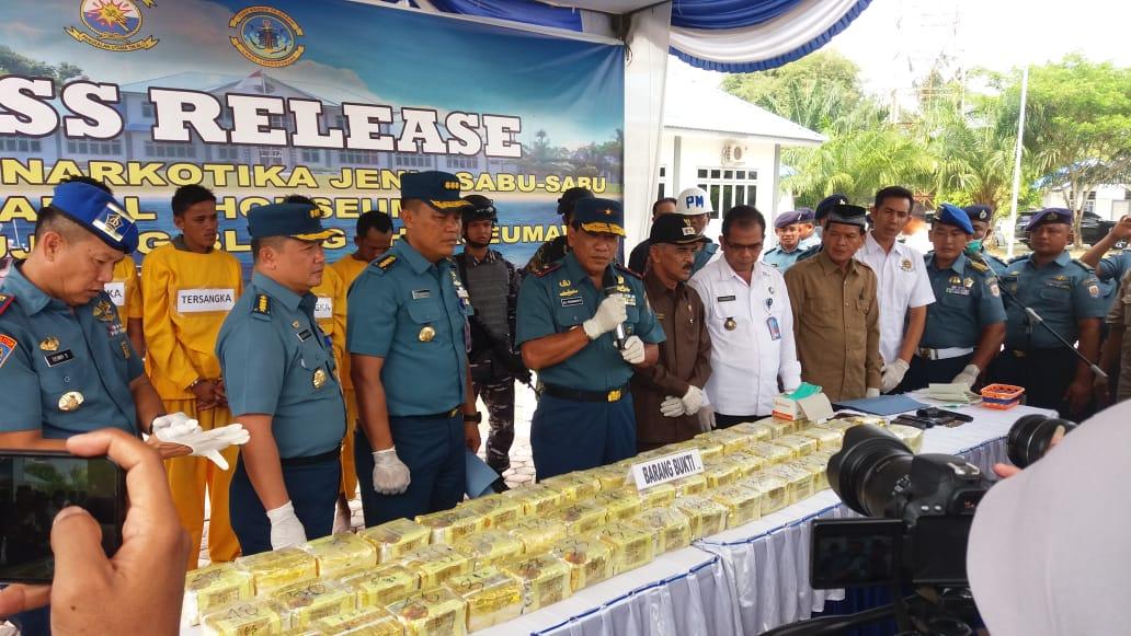 F1QR Lanal Lhokseumawe Lantamal I, Koarmada I Tangkap 2 Boat Muat 50 Kg Sabu