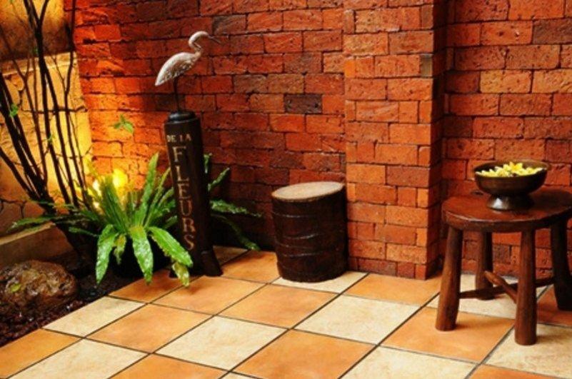 keramik lantai teras rumah minimalis moderen