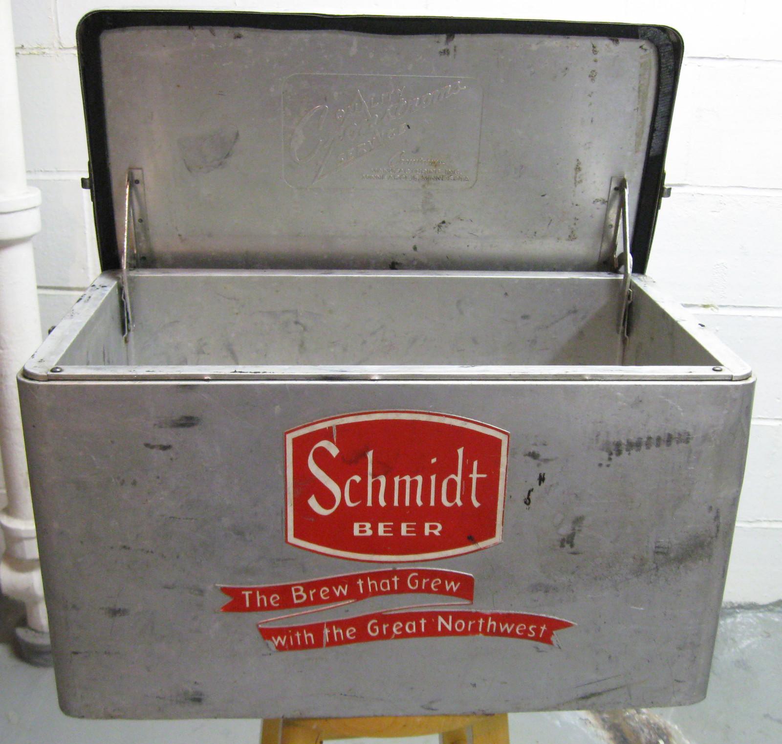Vintage Beer Coolers 116