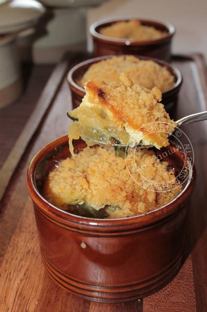 Crumble salato con zucchine e gorgonzola con crosticina al parmigiano