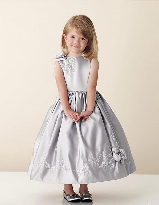 c3008d768e591 فساتين اطفال سهرة 2013 - فساتين سهرة للبنات 2013 - احدث موديلات الفساتين