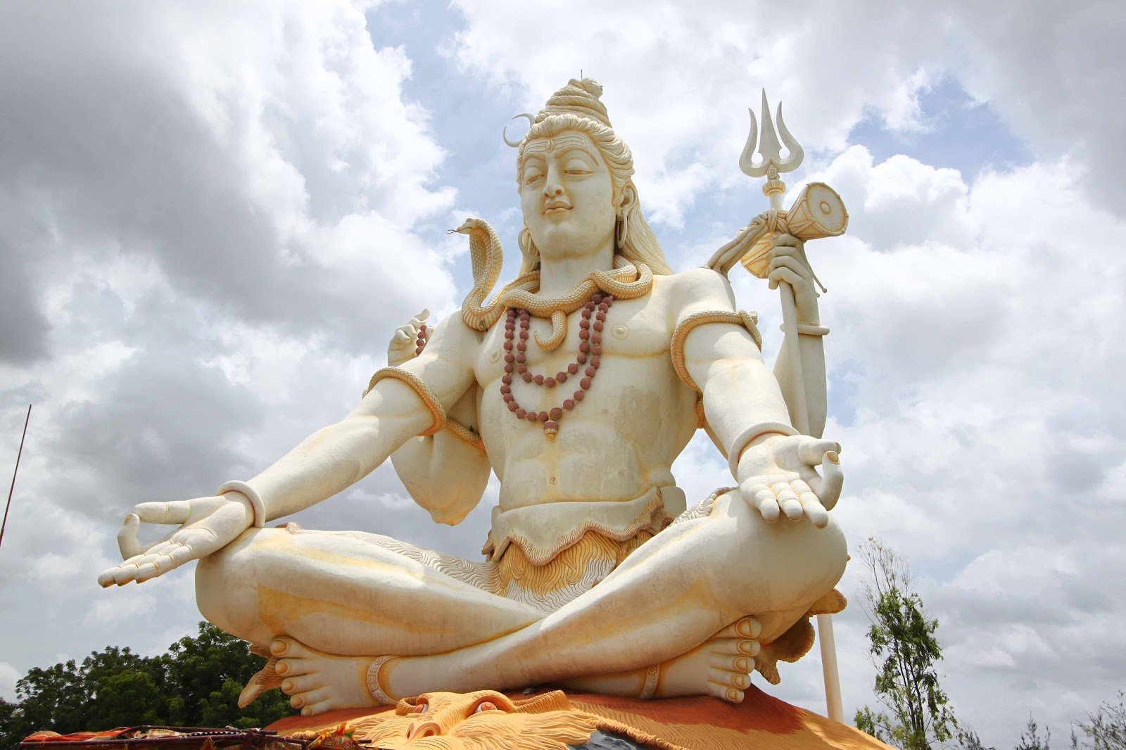 prai hindu singles 9780143099703 0143099701 myth = mithya - a handbook of hindu mythology, devdutt pattanaik  9781871407181 1871407184 encyclopedia of british singles - 1960,.
