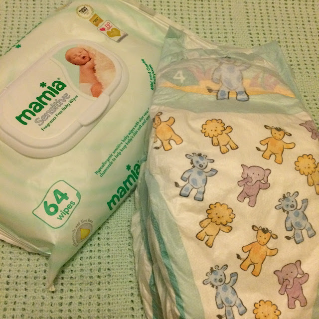 Weaning on the go #MamiaDaysOut Aldi nappies and wipes