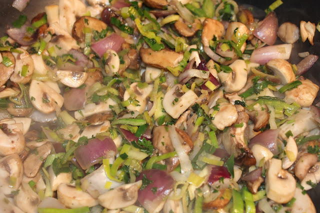 IMG 2066 - Recept: Eiwraps met zalm en dillesaus