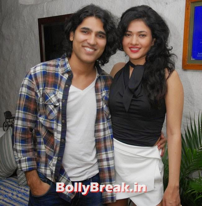 Musician Naresh Kamath and Sonal Sehgal, Jacqueline Fernandez at Sonal Sehgal Birthday Party