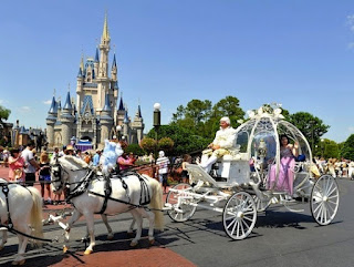 Disney Princess Cinderella Wedding Carriages