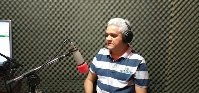 Resultado de imagem para prefeito américo no rádio