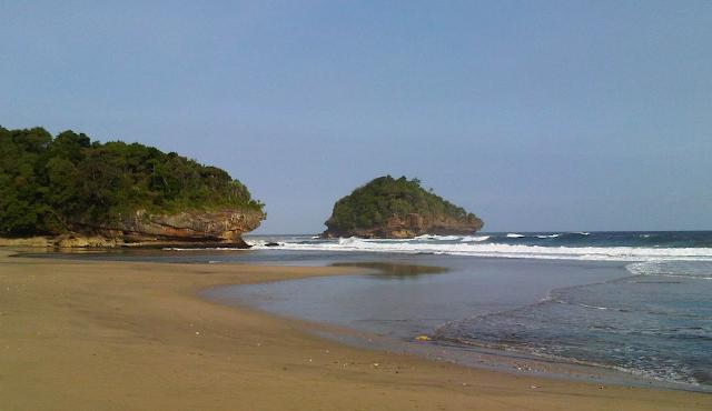 Gambar Pantai Kondang Iwak