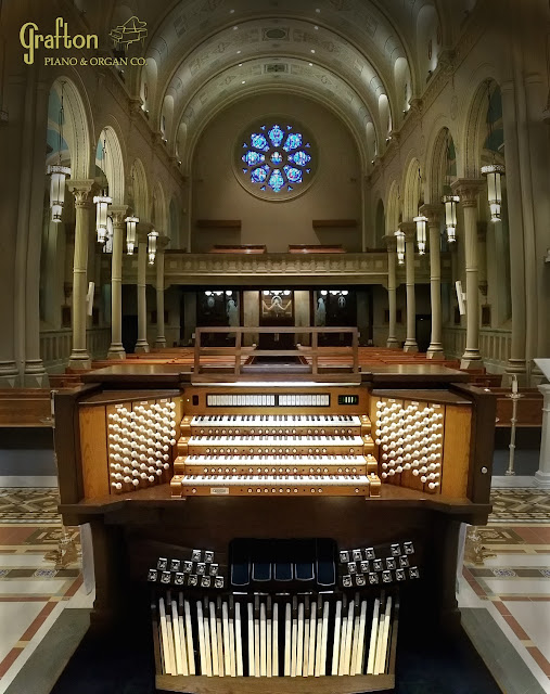 Nave view of the Miraculous Medal Shrine with new Allen 4-manual organ