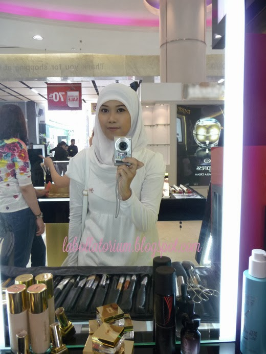 Beauty Event - Romancing with YSL (Yves Saint Laurent) selfie