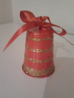 http://creacionesmamiela.blogspot.com.es/2012/12/campanas-navidenas.html