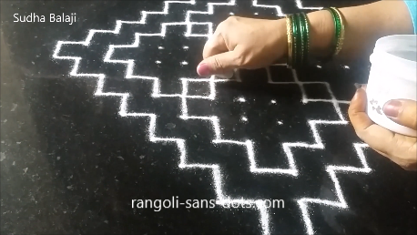 Very-easy-rangoli-with-dots-pics-1aj.png