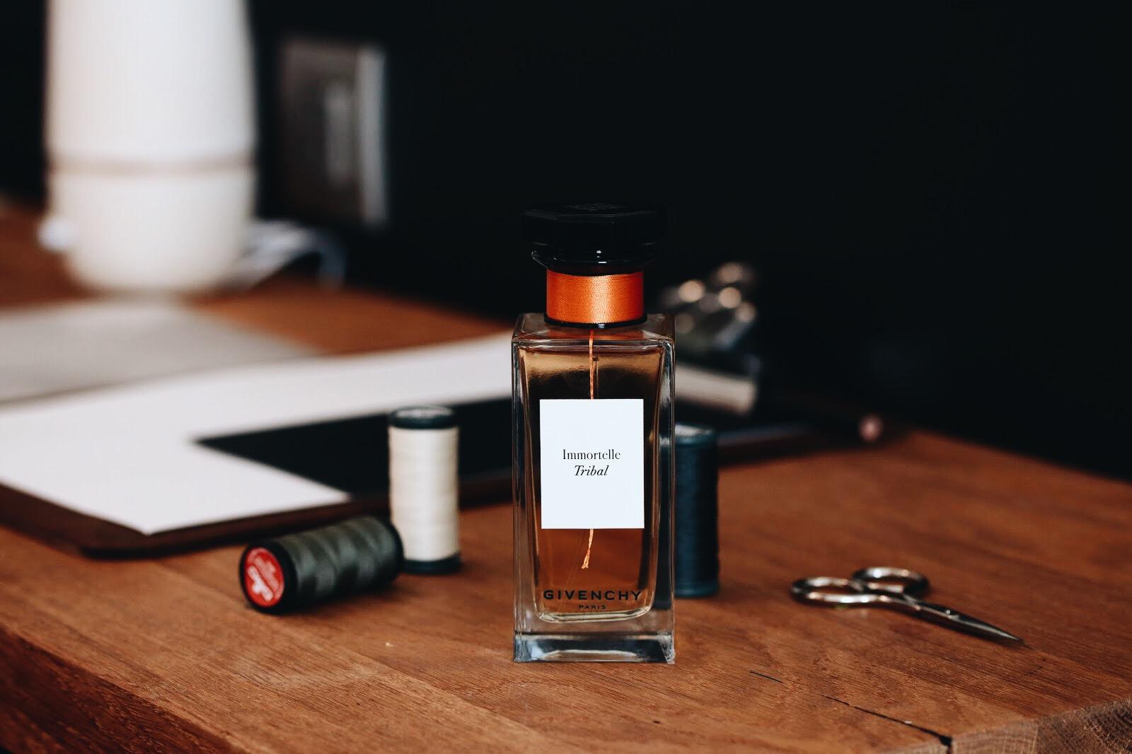 Très Beauté GivenchyMention BienKleo L'atelier GivenchyMention BienKleo Très L'atelier jLqSzMVUGp